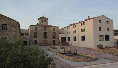 La Casa Gran de Sucs, que els veïns volen que sigui un hotel.