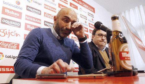 Abelardo s'acomiada de l'Sporting entre llàgrimes
