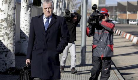 Bárcenas, a la sortida ahir de la seu de l'Audiència Nacional.