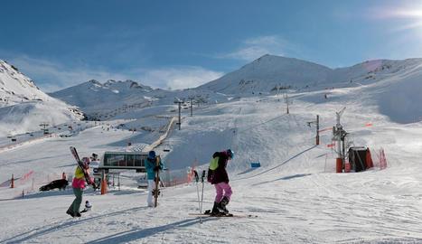 L'estació de Boí Taüll també ho té tot a punt per rebre els esquiadors aquest cap de setmana.