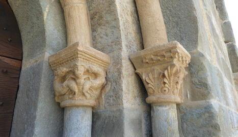 Capitells de l'església de Santa Maria de Cóll, a la Vall de Boí.