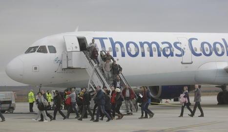 L'aeroport d'Alguaire torna a rebre els esquiadors britànics