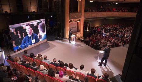 Puigdemont va respondre ahir preguntes d'una vintena de ciutadans al nou programa de TV3.