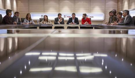 Moment de la reunió d'ahir de la gestora del PSOE.