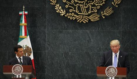 Peña Nieto, amb Trump en la visita que aquest va fer a Mèxic durant la campanya electoral dels EUA.