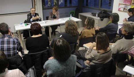 El fiscal en cap, Juan Boné, ahir durant la conferència a la seu del TSCAT de Lleida.