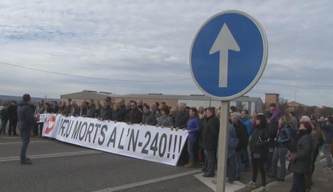 Imagen de la concentración celebrada este mediodía.