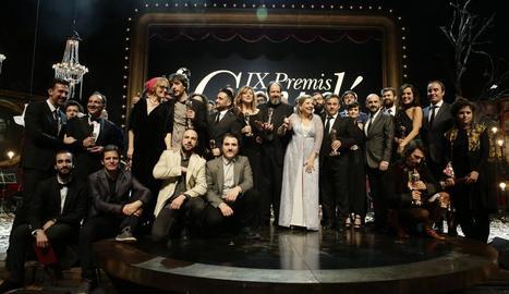 Els guanyadors dels Premis Gaudí del cine català i Passola, presidenta de l'Acadèmia de Cinema.
