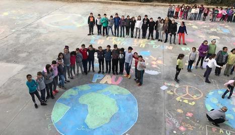 El drama humanitari dels que fugen de la guerra centra les activitats del Dia Escolar de la No-violència i la Pau