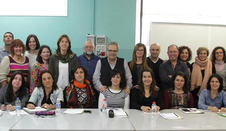 Imatge dels assistents a la jornada de formació, ahir, al centre d'Aspros del polígon El Segre.