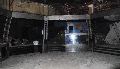 L'estat actual de la discoteca, que ja va ser desmantellada quan va tancar les portes definitivament fa una dècada.