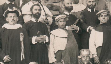 pasqua de les avellanes. És un dels esdeveniments populars més importants del calendari marista a Catalunya.