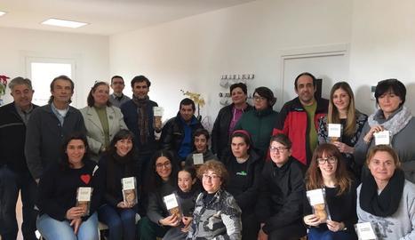 Moment de la presentació de les galetes solidàries amb la Fundació Crisàlida.
