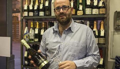 Jordi Martínez, que va quedar segon el 2013 al concurs Nas d'Or, ahir a la seua botiga de Guissona.