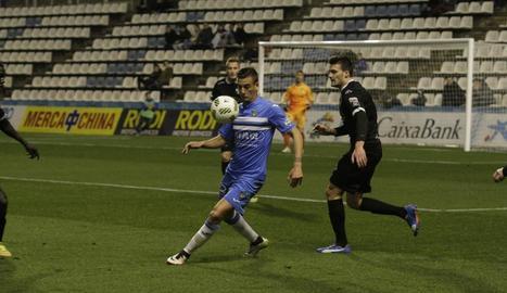 Un gol de Cristian Alfonso en l'afegit dóna els tres punts al Lleida davant de l'Ebro (1-0)