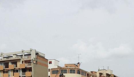 Una de les actuacions dels Bombers ahir pel vent.