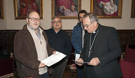 L'alcalde de Vallbona i l'arquebisbe de Tarragona, Jaume Pujol.