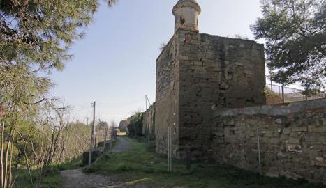 Tram de la muralla de Gardeny on s'actuarà ben aviat i que fa temps que està tancat.