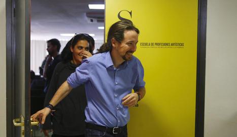 El líder de Podem, Pablo Iglesias, en una aturada de la primera reunió del Consell Ciutadà Estatal.