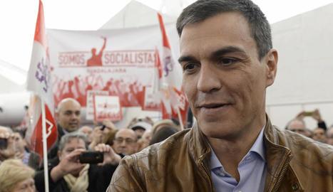 Sánchez va seguir ahir amb la campanya de cara a les primàries