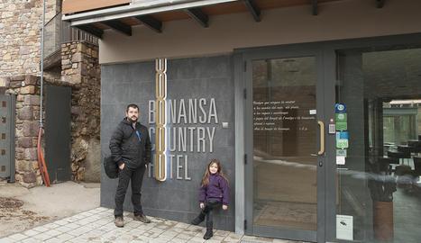 La façana del Bonansa.