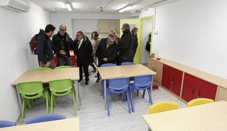 Ros va visitar ahir el nou centre Gínjol, a l'antic tanatori.