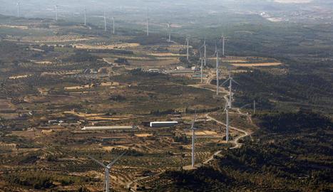 Vista d'un dels parcs eòlics de les Garrigues.