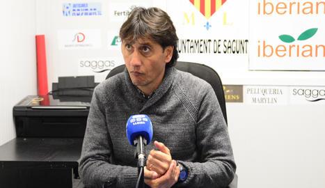 El Lleida juga els dissabtes per pressionar els rivals