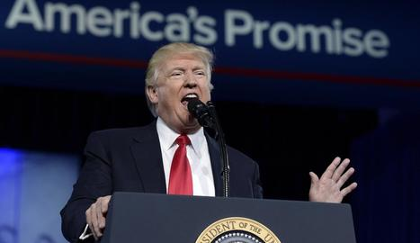 Trump, durant la seua intervenció en la Conferència anual d'Acció Política Conservadora (CPAC).