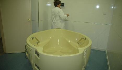 La banyera d'hidroteràpia de l'Arnau es va inaugurar el 2009.