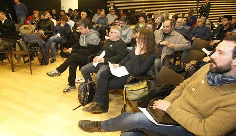 Participantes en la sesión celebrada en la sede del Orfeó Lleidatà.