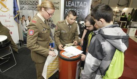 L'estand de l'Exèrcit en l'edició passada de la fira de l'FP.