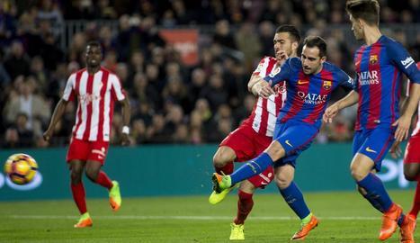 Paco Alcácer va anotar ahir un dels sis gols de l'equip.