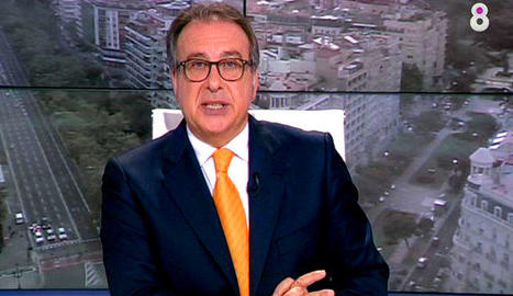 Josep Cuní en el seu '8 al dia' de 8TV.