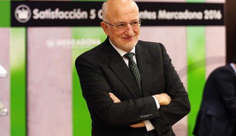 Juan Roig, ahir a València, insisteix en la necessitat d'una cadena agroalimentària sostenible.