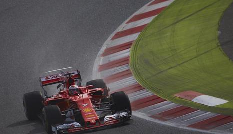 Kimi Raikkonen durant la sessió d'ahir a Montmeló.