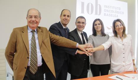 Responsables d'Avantmèdic i l'Institut Oncològic Baselga aquest divendres a Lleida.