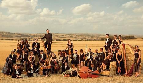 Imatge promocional de l'Orquestra Simfònica Julià Carbonell.