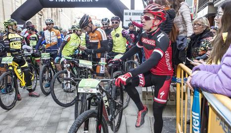 La Hivernal de Cervera va batre el rècord de participants amb 650 ciclistes a la sortida.