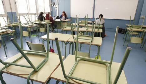 Una aula gairebé buida en un centre de Secundària en una vaga anterior.