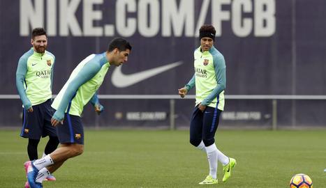 El trident que formen Messi, Suárez i Neymar serà clau per aspirar a la remuntada.