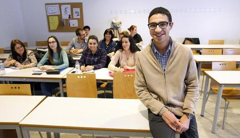 Mohamed el-Amrani i els assistents a la Universitat de Lleida per parlar de la Xarxa de Convivència.