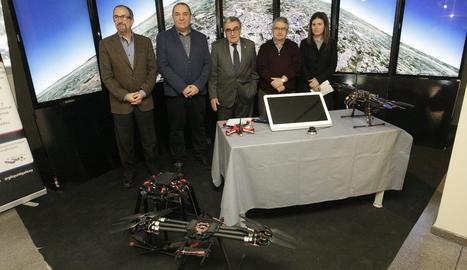 L'acte de presentació del primer curs oficial de pilot de drons a Lleida.