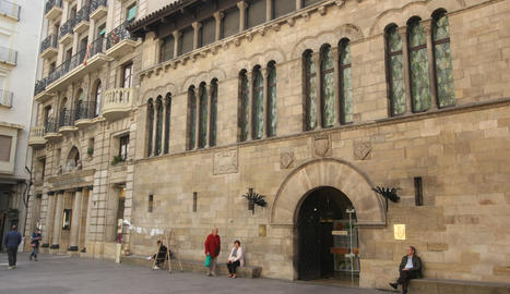 La façana de l'ajuntament de Lleida