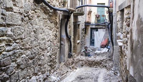 Les obres al carrer Sant Sebastià de Torà.