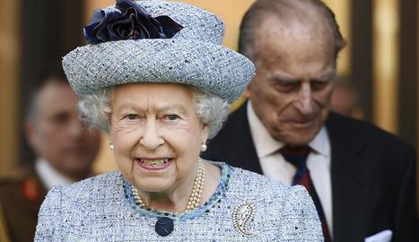 La reina Isabel II ha donat el vistiplau a la llei que autoritza el Regne Unit a sortir de la UE.