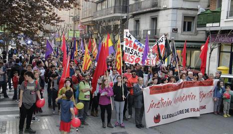 """Els manifestants van recórrer els carrers sota el lema """"Justícia, memòria, dignitat""""."""