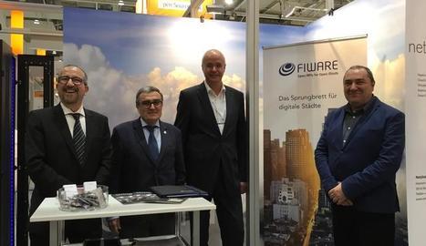 La reunió entre Àngel Ros i Ulrich Ahle s´ha desenvolupat en el marc de la Fira tecnològica CeBIT d'Hannover.