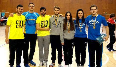 Vuit medalles per a la UdL en taekwondo, karate i bàdminton