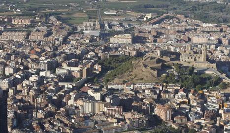 Imatge aèria del centre de la ciutat de Lleida.